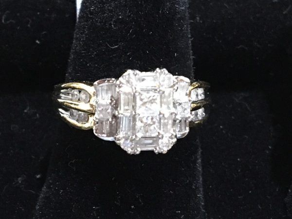 1.5ct tw 14k YG Diamond Ring